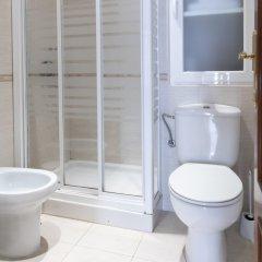 Отель Hostal Tokio Испания, Мадрид - 1 отзыв об отеле, цены и фото номеров - забронировать отель Hostal Tokio онлайн ванная фото 2