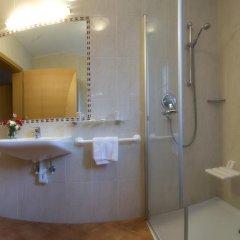 Отель Löwenwirt Италия, Чермес - отзывы, цены и фото номеров - забронировать отель Löwenwirt онлайн ванная