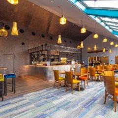 Hamilton Airport Hotel & Conference Centre гостиничный бар