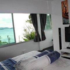 Отель Karon Cliff Bungalows комната для гостей фото 5