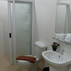 Отель Tawan Warn Hotel Таиланд, Краби - отзывы, цены и фото номеров - забронировать отель Tawan Warn Hotel онлайн ванная фото 2