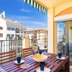 Апартаменты Excellent Apartment with Pool and View Ref 138 Фуэнхирола балкон фото 2
