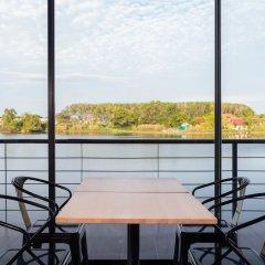 Отель The Lake Chalong Resort балкон