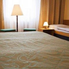EA Hotel Jasmín сейф в номере