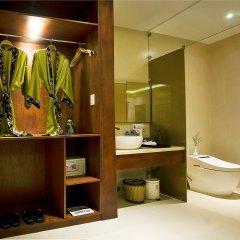 Azumi Villa Hotel сейф в номере