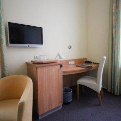 Отель Uhland Германия, Мюнхен - отзывы, цены и фото номеров - забронировать отель Uhland онлайн удобства в номере фото 2