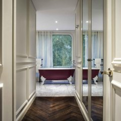 Hotel Des Arts Saigon Mgallery Collection комната для гостей