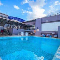 Отель Golden Tulip Westlands Nairobi Кения, Найроби - отзывы, цены и фото номеров - забронировать отель Golden Tulip Westlands Nairobi онлайн бассейн