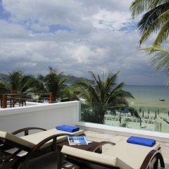 Отель La Flora Resort Patong балкон