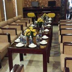 Отель Hoang Vinh Hotel Вьетнам, Хошимин - отзывы, цены и фото номеров - забронировать отель Hoang Vinh Hotel онлайн питание фото 3
