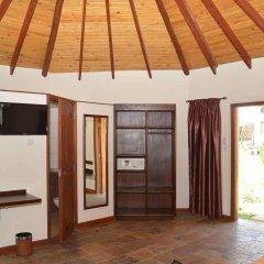 Отель Sentrim Elementaita Lodge Кения, Накуру - отзывы, цены и фото номеров - забронировать отель Sentrim Elementaita Lodge онлайн комната для гостей фото 3