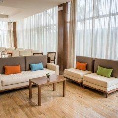 Отель Hampton by Hilton Santo Domingo Airport интерьер отеля