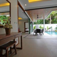 Отель Ya Nui Beach Villas интерьер отеля