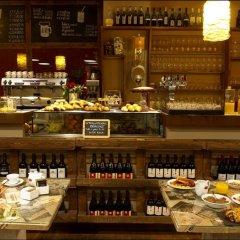 Отель Al Cappello Rosso Италия, Болонья - 2 отзыва об отеле, цены и фото номеров - забронировать отель Al Cappello Rosso онлайн гостиничный бар