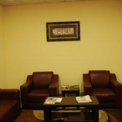 Отель Al Bishr Hotel Apartments ОАЭ, Шарджа - отзывы, цены и фото номеров - забронировать отель Al Bishr Hotel Apartments онлайн интерьер отеля фото 2