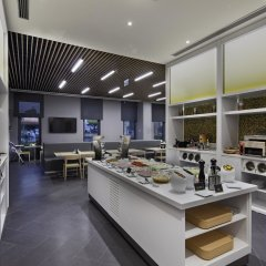 Отель Hampton by Hilton Istanbul Zeytinburnu питание фото 2