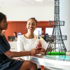 Отель Novotel Montparnasse Париж бассейн фото 3