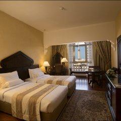 Arabian Courtyard Hotel & Spa комната для гостей фото 3