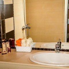 Sunrise Hotel ванная