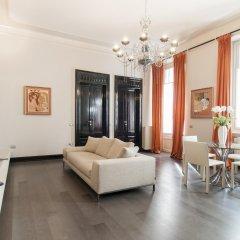 Отель Milan Royal Suites Magenta & Luxury Apartments Италия, Милан - отзывы, цены и фото номеров - забронировать отель Milan Royal Suites Magenta & Luxury Apartments онлайн комната для гостей фото 5