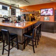Отель HI-Vancouver Jericho Beach Канада, Ванкувер - отзывы, цены и фото номеров - забронировать отель HI-Vancouver Jericho Beach онлайн гостиничный бар