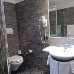 Hotel Montescano Сан-Мартино-Сиккомарио ванная фото 2