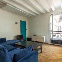Отель Bauhaus Magic in the Marais Париж развлечения