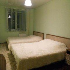 Гостиница Мини - Отель V8 в Абакане отзывы, цены и фото номеров - забронировать гостиницу Мини - Отель V8 онлайн Абакан комната для гостей фото 2