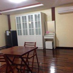 Отель Stit Inn Бангкок в номере фото 2