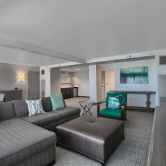 Отель DoubleTree by Hilton at the Entrance to Universal Orlando комната для гостей фото 5