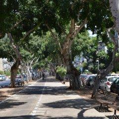 Отель Wonderfully apt. in Tel Aviv-5 min Beach Тель-Авив парковка