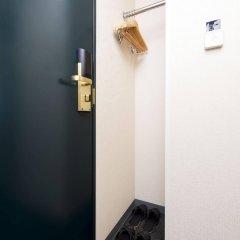 Отель Villa Fontaine Tokyo-Nihombashi Mitsukoshimae Япония, Токио - 1 отзыв об отеле, цены и фото номеров - забронировать отель Villa Fontaine Tokyo-Nihombashi Mitsukoshimae онлайн сейф в номере
