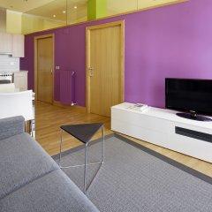 Апартаменты Eder 1 Apartment by FeelFree Rentals комната для гостей