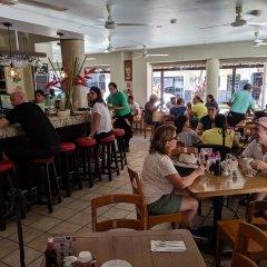 Отель Posada De Roger Пуэрто-Вальярта гостиничный бар