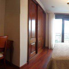 Отель Pensión Residencia A Cruzán - Adults Only удобства в номере