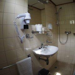 Отель Hotelboat Allure Нидерланды, Амстердам - отзывы, цены и фото номеров - забронировать отель Hotelboat Allure онлайн ванная фото 2