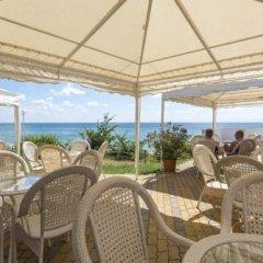 Отель PrimaSol Sineva Beach Hotel - Все включено Болгария, Свети Влас - отзывы, цены и фото номеров - забронировать отель PrimaSol Sineva Beach Hotel - Все включено онлайн гостиничный бар
