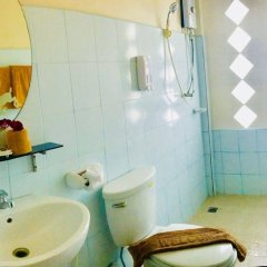Отель N.T. Lanta Resort Ланта ванная фото 2