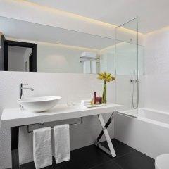 Alexander Tel-Aviv Hotel Израиль, Тель-Авив - 10 отзывов об отеле, цены и фото номеров - забронировать отель Alexander Tel-Aviv Hotel онлайн ванная