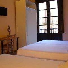 Отель Jaume I Испания, Барселона - 1 отзыв об отеле, цены и фото номеров - забронировать отель Jaume I онлайн комната для гостей фото 21