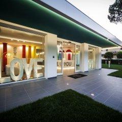 Hotel Love Boat вид на фасад фото 2