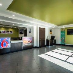 Отель Motel 6 Canoga Park США, Лос-Анджелес - отзывы, цены и фото номеров - забронировать отель Motel 6 Canoga Park онлайн интерьер отеля