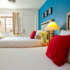 Отель The Alpine Inn & Suites комната для гостей фото 4