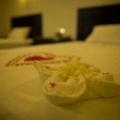 Tamarind Lake Hotel. в номере