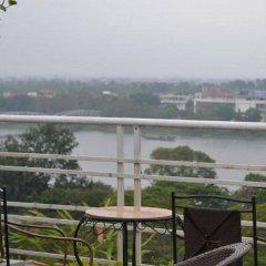 Отель The Sunriver Boutique Hotel Hue Вьетнам, Хюэ - отзывы, цены и фото номеров - забронировать отель The Sunriver Boutique Hotel Hue онлайн балкон