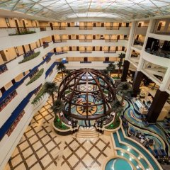 Отель Roda Al Bustan спортивное сооружение
