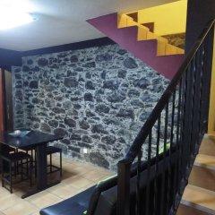 Отель A Casinha de Santa Cruz Санта-Крус гостиничный бар
