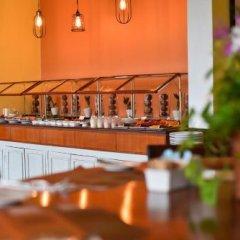 Отель Ayara Hilltops Boutique Resort And Spa Пхукет гостиничный бар