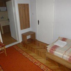Отель Guest Rooms Donovi Болгария, Варна - отзывы, цены и фото номеров - забронировать отель Guest Rooms Donovi онлайн комната для гостей фото 2
