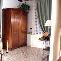 Отель Alloggi Alla Rivetta Италия, Венеция - отзывы, цены и фото номеров - забронировать отель Alloggi Alla Rivetta онлайн балкон